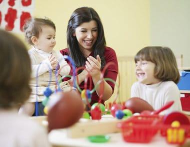 You are currently viewing Como escolher a creche ideal para o bebê
