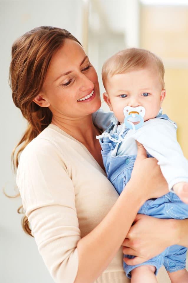 You are currently viewing Como escolher a babá para cuidar do seu bebê