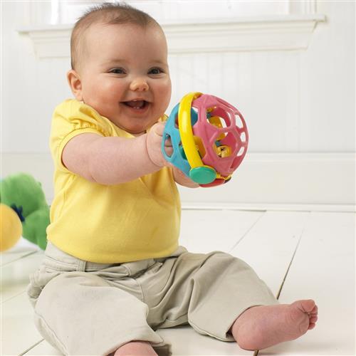 bebe gorducho com bola