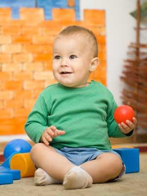 You are currently viewing A partir de qual mês o bebê começa a sentar?
