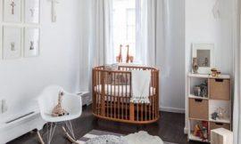 Quarto do bebê com cores neutras