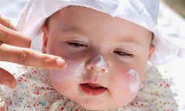 Cuidados com a pele do bebê no verão