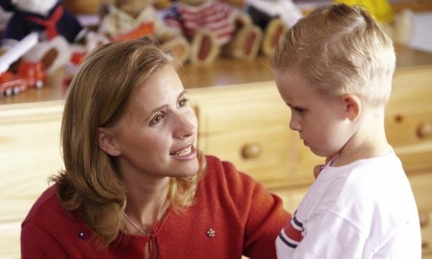 You are currently viewing O que fazer quando o bebê fala palavrão