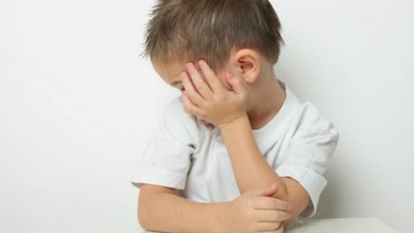 You are currently viewing Como detectar o autismo em bebês