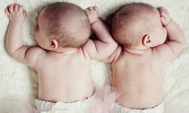 Como cuidar do sono de bebês gêmeos