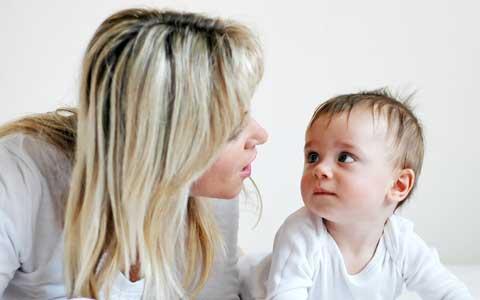You are currently viewing Dicas para ajudar o bebê a falar