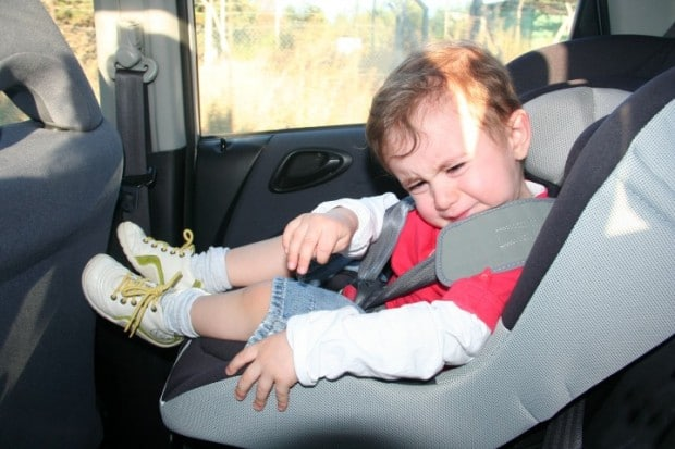 You are currently viewing Dicas acalmar o choro do bebê no carro
