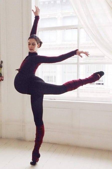 You are currently viewing Posso fazer aula de dança durante a gestação?