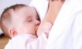 De quanto em quanto tempo devo amamentar o bebê?