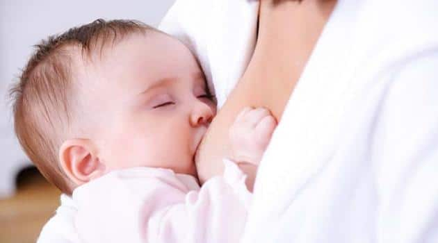 You are currently viewing De quanto em quanto tempo devo amamentar o bebê?