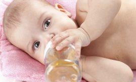 Bebê e a cárie de mamadeira