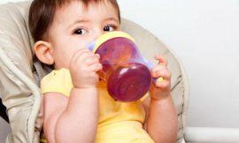 Receita de suco que ajuda o bebê a dormir