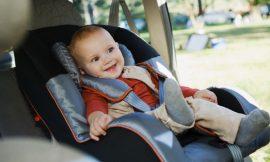 Como instalar a cadeirinha do bebê no carro