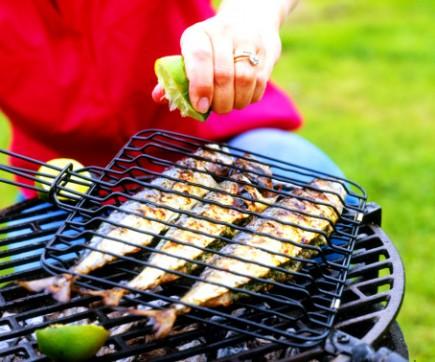 You are currently viewing Grávidas podem comer qualquer tipo de peixe e frutos do mar?