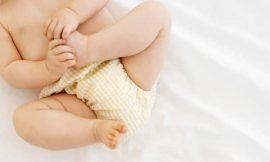 Sangue nas fezes do bebê, o que pode ser?