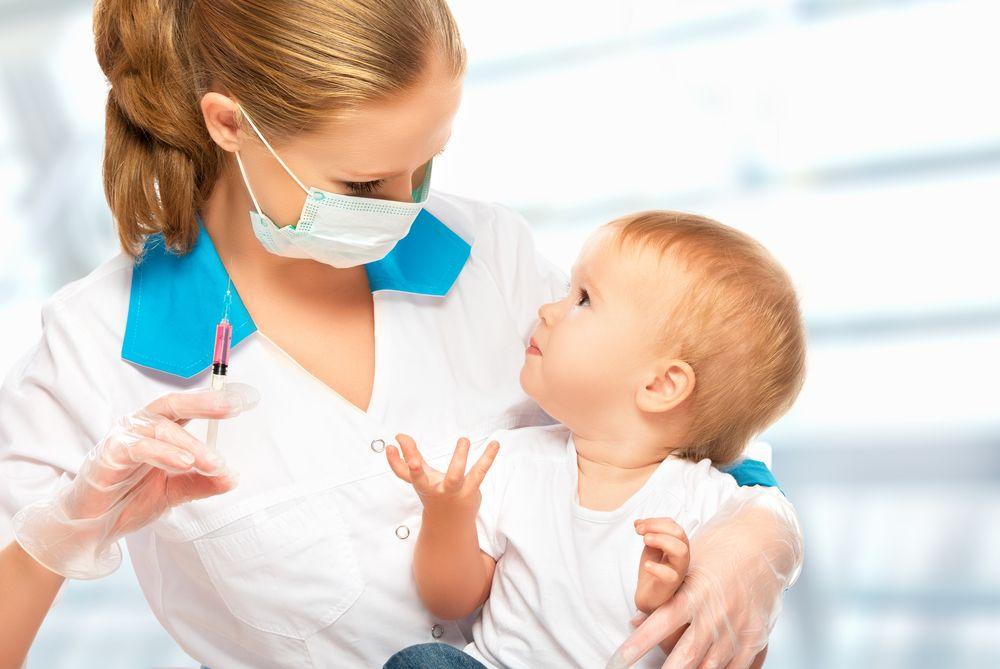 Read more about the article Dar vacina de 2 meses particular ou pública do posto de saúde?