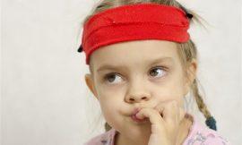 Dicas para a criança parar de roer unhas