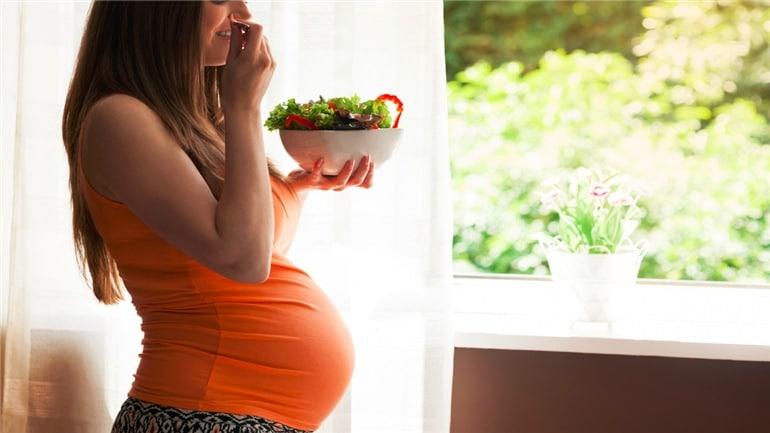 You are currently viewing Azia na gravidez:  Quando começa? Como aliviar?