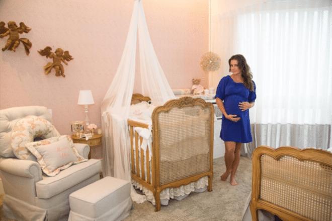 You are currently viewing Conheça a decoração do quarto da filha de Deborah Secco