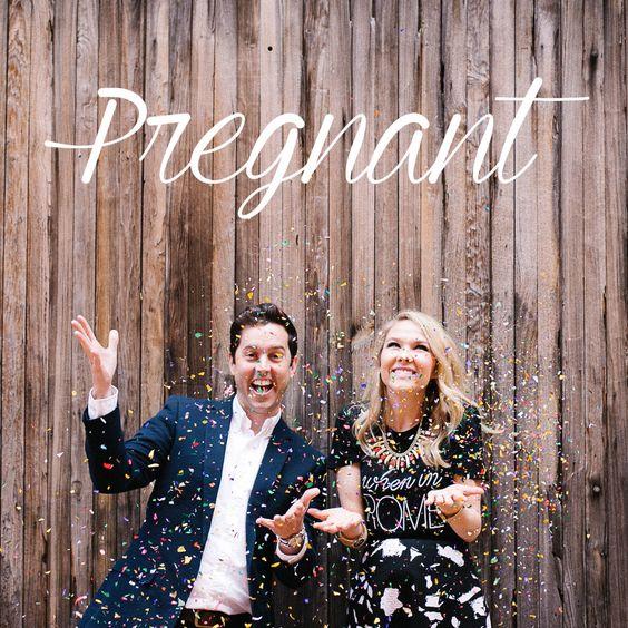 Anunciando uma gravidez de forma criativa