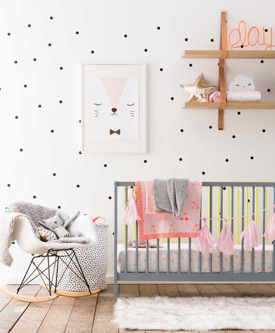decoração de quarto de bebe menina