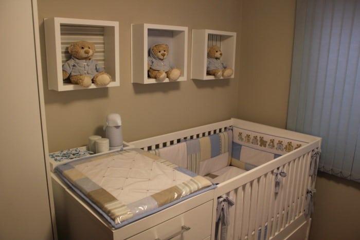 Decora o com nichos para quarto de beb for O rapaz a porta