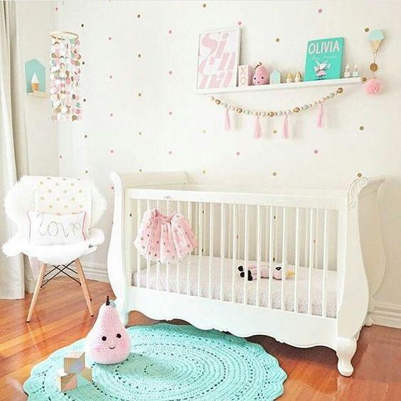 decoração artesanal para quarto de bebe