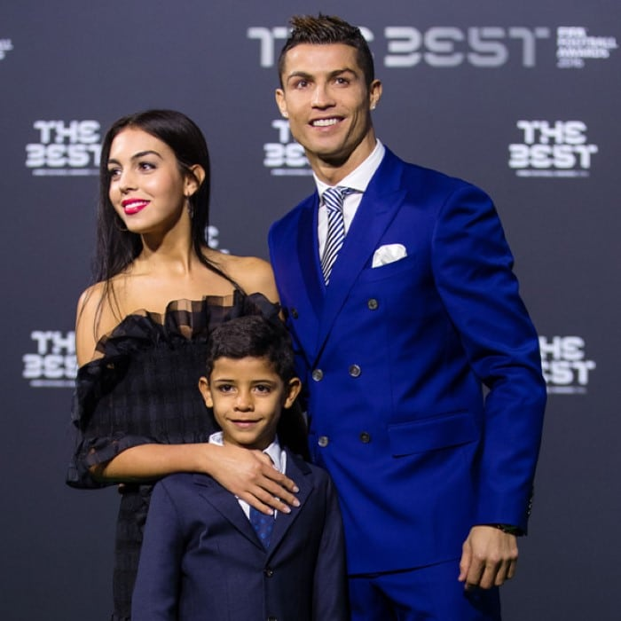 Cristiano Ronaldo vai ser pai de gêmeos