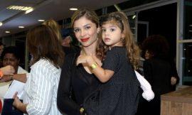 Sofia, filha de Grazi Massafera e Cauã Reymond, impressiona por semelhança com a mãe