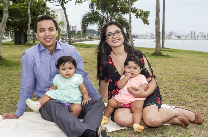 Pai de gêmeas consegue na Justiça licença-paternidade de 180 dias