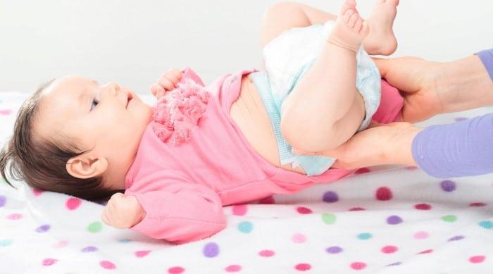 bebe de 3 meses com diarreia o que fazer