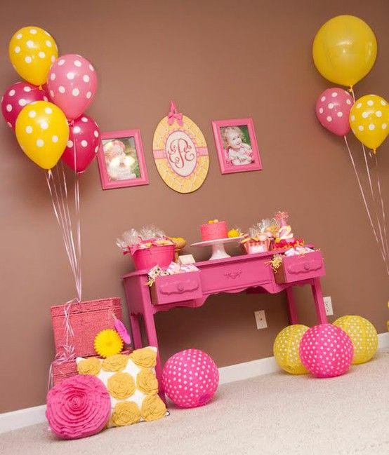 decoração mesversário menina