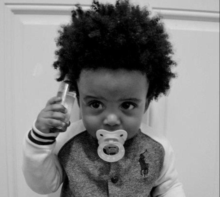 quando cortar o cabelo do bebê