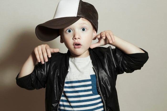 menino arrumado estilo swag