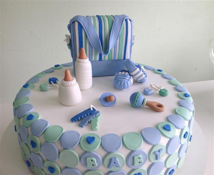 bolo para chá de bebê feminino