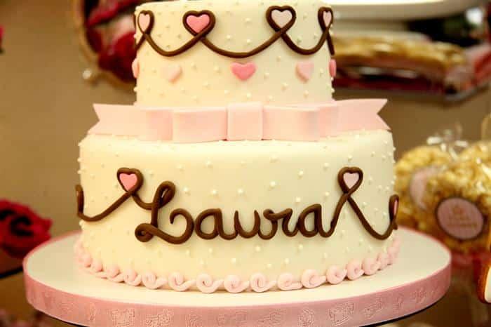bolo para chá de bebê branco e rosa