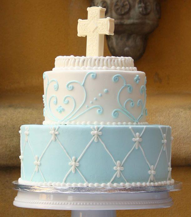 bolo de batizado com arabescos