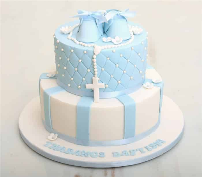 bolo decorado com sapatinho