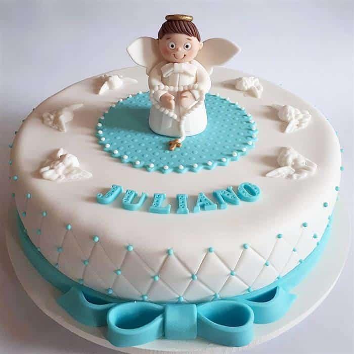bolo com anjinho