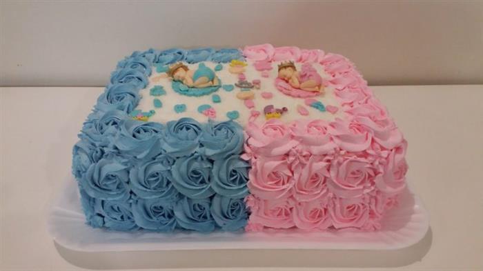 bolo para chá de bebê rosa e azul