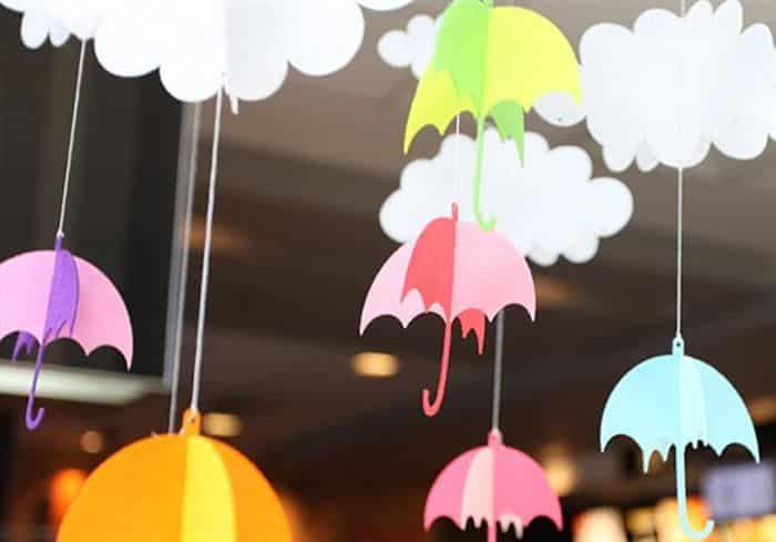 guarda chuva de papel colorido
