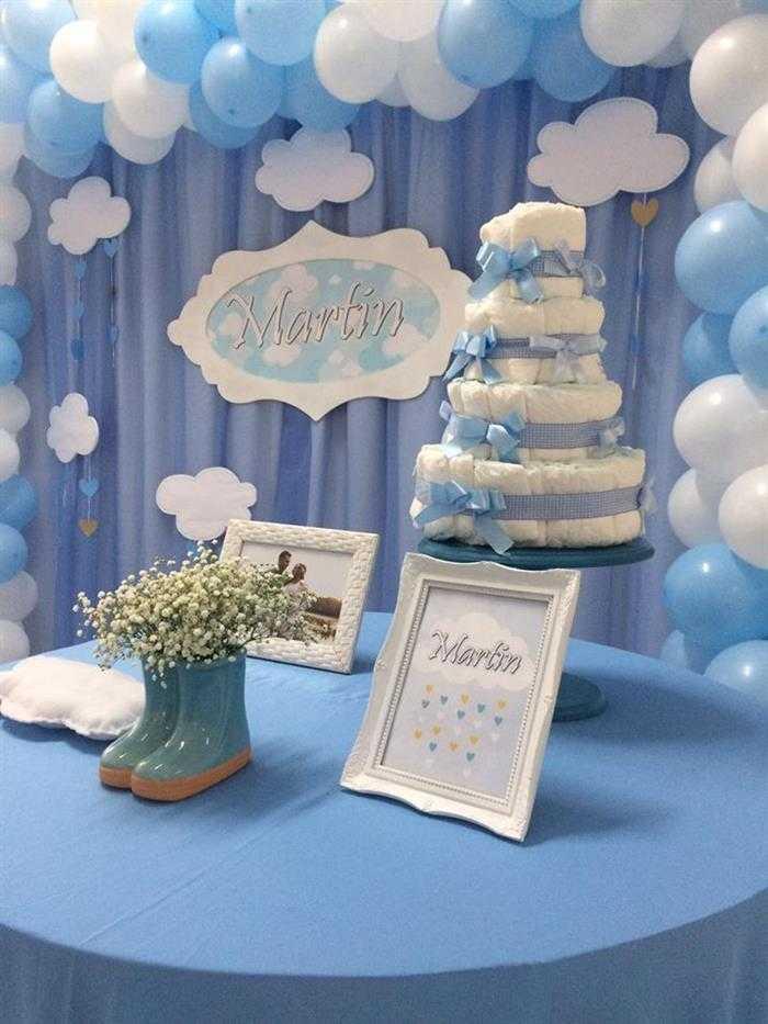 bolo de fraldas azul e branco
