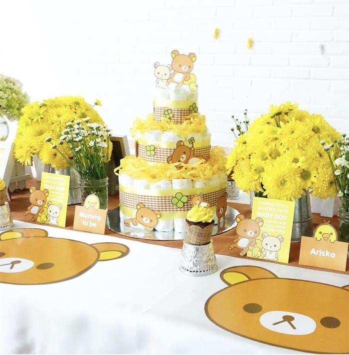 bolo de fraldas amarelo