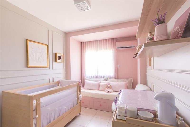 quarto de bebe feminino pequeno
