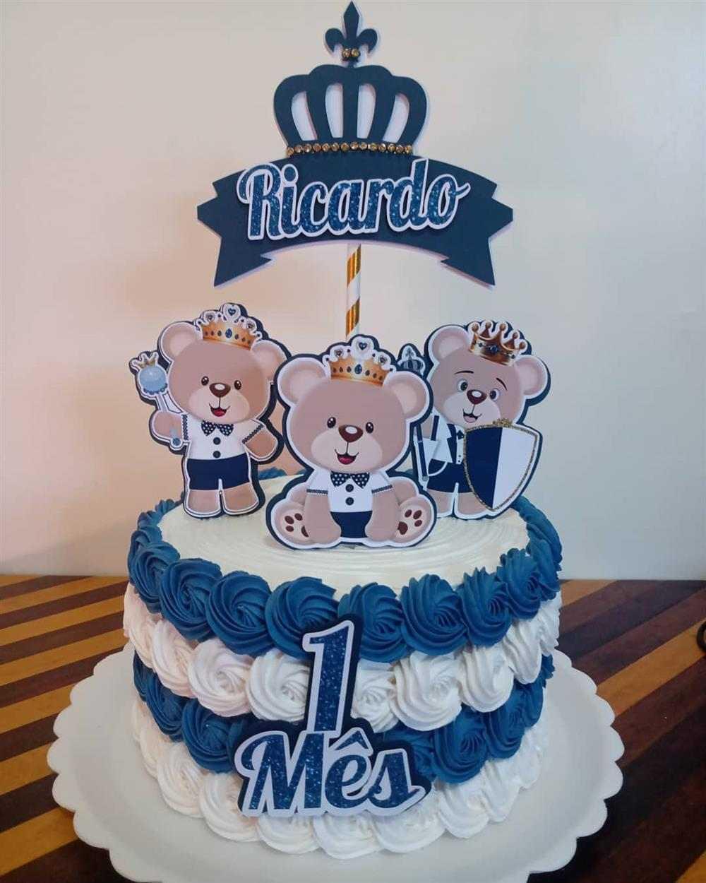 bolo azul e branco tema urso