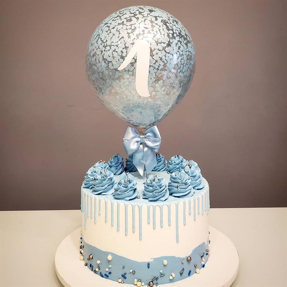 decoração de bolo mesversario