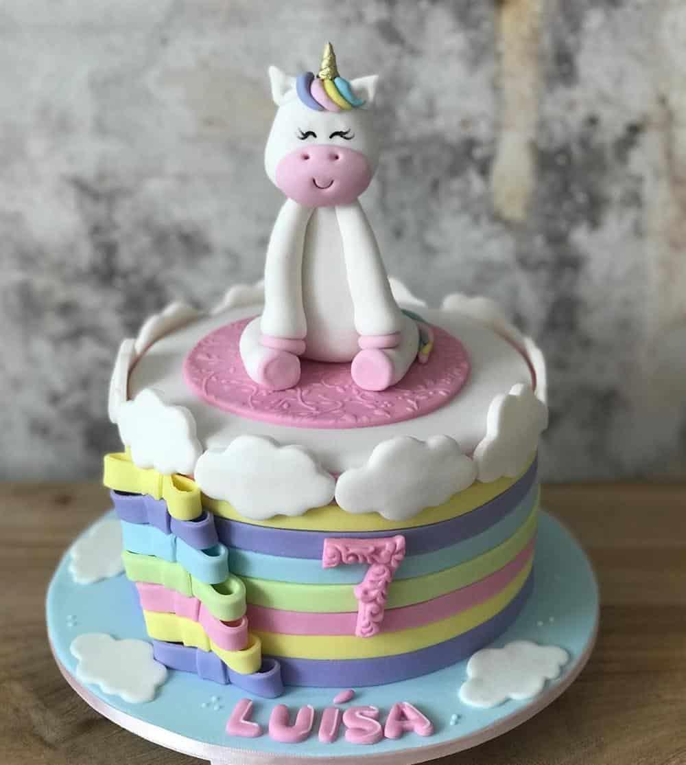 tema unicornio com topper de biscuit