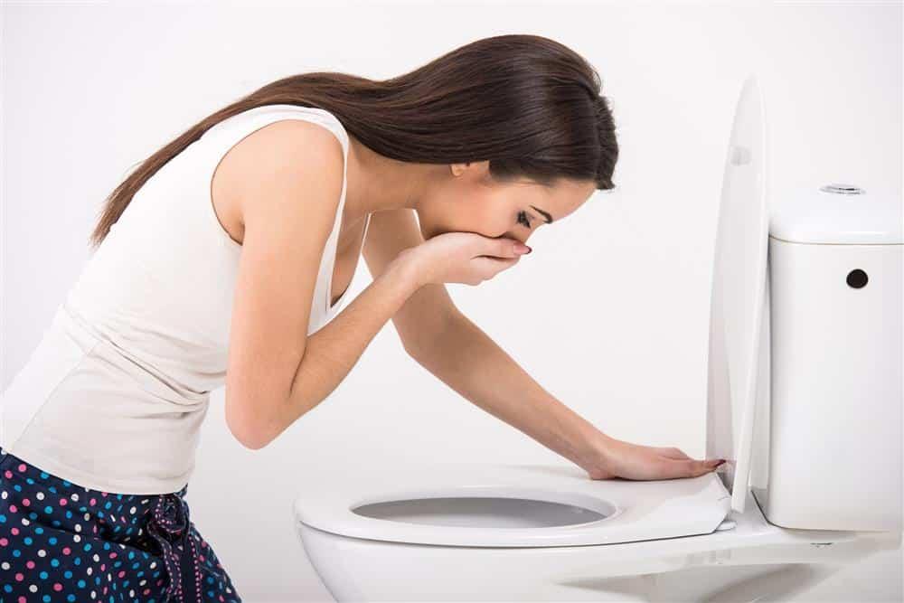 O que é bom comer quando está vomitando