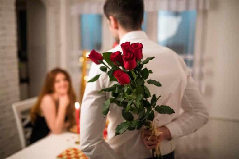 Read more about the article Presente Dia dos Namorados na Quarentena: veja ideias para surpreender