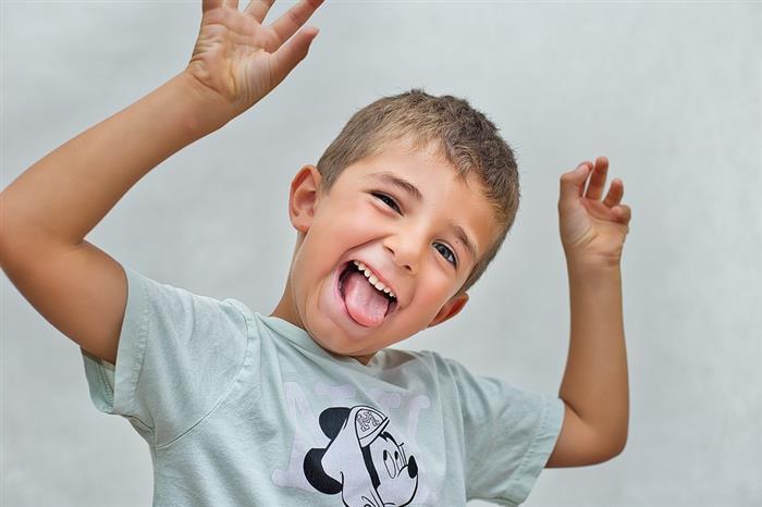crianças feliz